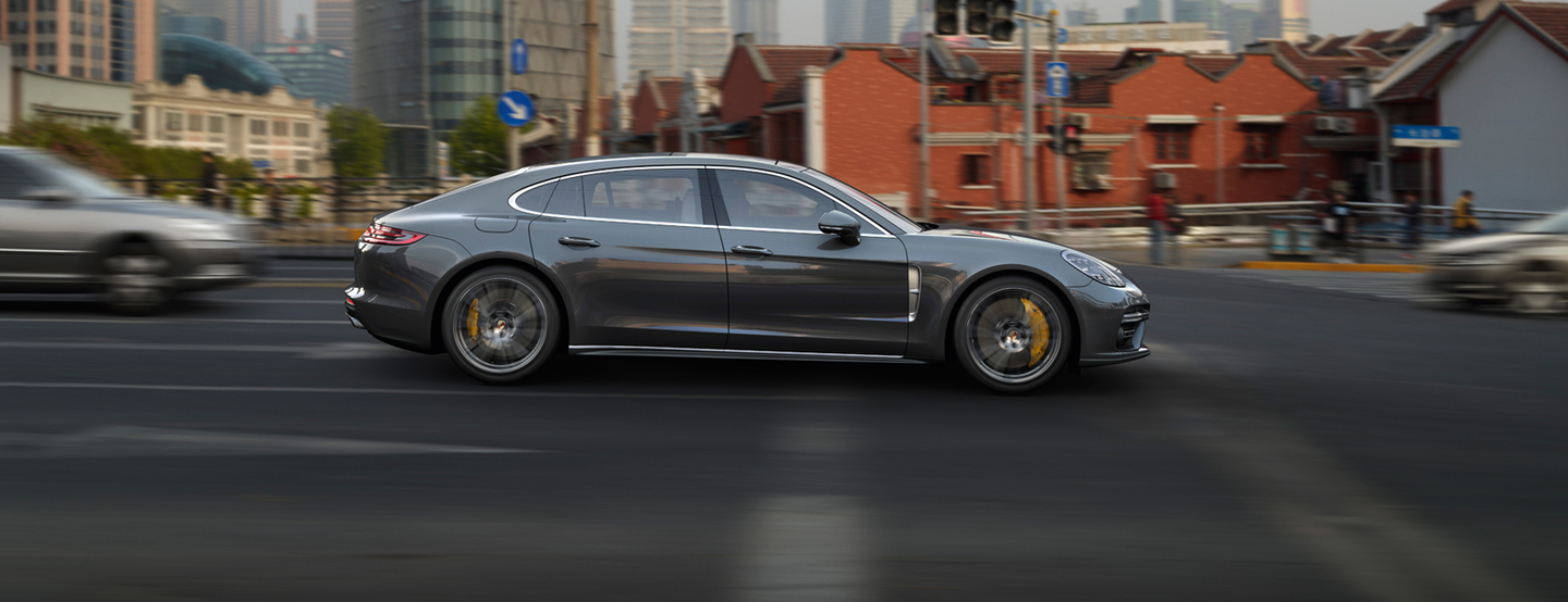 Нова Panamera Turbo Executive